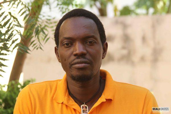 Mohamed Youssouf Bathily dit Ras Bath, animateur et porte-parole du collectif pour la défense de la république. www.flickr.com